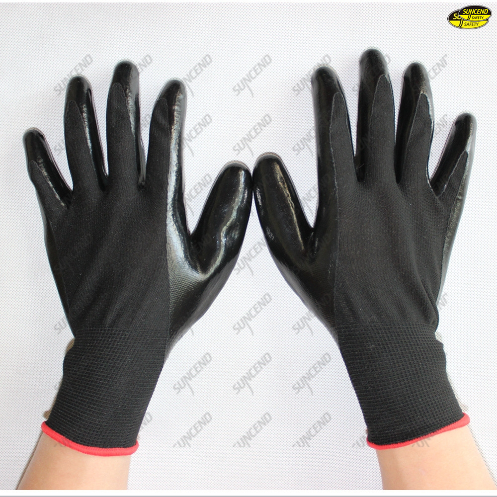 Mechanical working smooth nitrile coated hand gloves